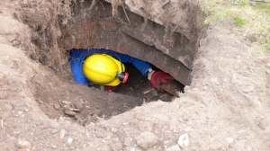 Accessing the tunnel in 2007 with the help of the Kent Underground Research Group