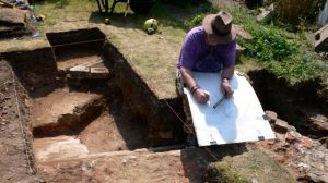 Here is Tony Thomas recording the site in a 2007 dig