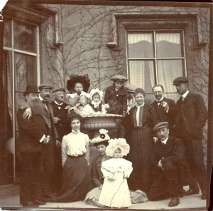 Jay family party at Blendon Hall in 1902